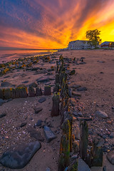 Walnut-Beach-Milford-CT-USA_09202016-41 (Simmo1342) Tags: clouds golden rock sunset colorful connecticut landscape nature northamerica outdoor rocky sandstone scenic sky travel vibrant water dusk sand shore shoreline coast coastal sonya6000 sonyimages sonyalpha