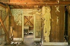 mt_garnet_ghostown-38.jpg (BradPerkins) Tags: abandonedtown ghosttown abandoned destroyed decay wood walls ghost room montana urbandecay urbanlandscape plaster abandonedbuilding garnet