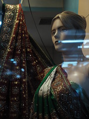 Ahmedabad Gujarat North-India India Asia Asien Indien (oksana8happy) Tags: november copyright india mannequin window shop night store asia asien heiconeumeyer nightshot display nacht indian schaufenster laden shopwindow dummy sari schaufensterpuppe indien geschäft gujarat ahmedabad puppe nachtaufnahme displaywindow copyrighted 2014 in ahmadabad northindia displaydummy indisch amdavad nordindien tp201415