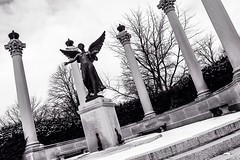 A Civic Testimonial (kc9ywl) Tags: blackandwhite bw white black blakandwhite statue architecture canon memorial photographer ballstate