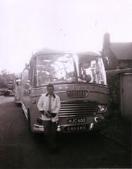 Creams coaches Thames (Martin Pritchard) Tags: red john williams garage llandudno coaches creams porthmadog