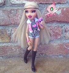 TAG GAME: Gotta Catch Em All! (Bratzjaderox) Tags: urban fashion rose fierce modeling stripes soccer flamingo go blonde pokemon mga diva couture bratz cloe mgae bratzjaderox huntybob