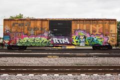 388876_DSC_7630 (The Curse Of Brian) Tags: trains freights graffiti minneapolis minnesota king king157 zest