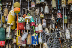 Lobster trap buoys (Francisco Montes Jr.) Tags: 2016 7d canon canon7d francisco franciscomontes franciscomontesphotography lobstertrapbuoys me maine montes outdoor summer photography travel verano