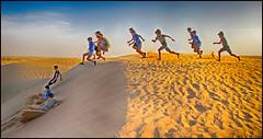 Pano Garcons dsert (keltia17) Tags: desert abudhabi dsert desierto sport jump football nike sans sable sunset