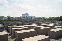 Denkmal der ermordeten Juden (crsye) Tags: berlin kurfrstendamm brandenburger tor judendenkmal siegessule tiergarten potsdamer platz