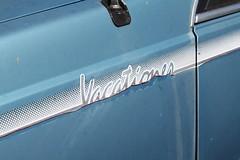 Holden Camira JE Vacationer (jeremyg3030) Tags: cars abandoned yard junk je holden wrecking cooma flynns vacationer camira