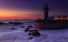 The Lighthouse - Foz do Douro, Twilight (paulosilva3) Tags: blue sunset seascape canon eos twilight do lee hour douro l filters f4 foz 6d 24105mm proglass