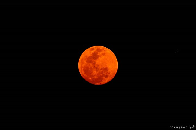 BLOOD MOON this evening