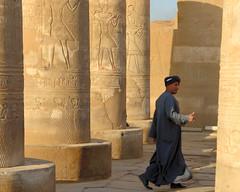 Thumbs up! (pranav_seth) Tags: egypt ko egyptian thumbsup nilecruise koombo