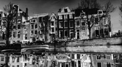 Keizersgracht 26-12-14 (kees.stoof) Tags: amsterdam blackwhite zwartwit canals grachten keizersgracht
