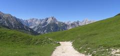 Am Plumsjoch (bookhouse boy) Tags: mountains alps berge alpen achensee karwendel achental 2016 plumsjochhütte plumsjoch gerntal gernalm 10juli2016