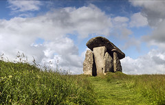 Trethevy Quoit (Katybun of Beverley) Tags: stone clouds rural landscape scenery cornwall stones tomb scenic chamber megalithictomb trethevyquoit
