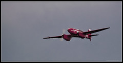 de HAVILLAND DH.88 COMET. 7 (adriangeephotography) Tags: sport photography flying fighter display aircraft aviation military transport jet saturday sigma hampshire airshow civil planes ww2 adrian gee bomber propeller farnborough d300 2016 150600 adriangeephotography