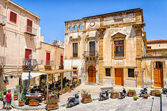 Via Mandralisca (Kevin R Thornton) Tags: d90 nikon travel restaurant cefalu italy 2016 city architecture sicily cefal sicilia it