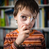 Investighiamo! (Stee65) Tags: kids famiglia bambini andrea indoor sguardo lente ritratto luce tipo bimbi multiflash soggetto investigatore ezybox softboxopannelli