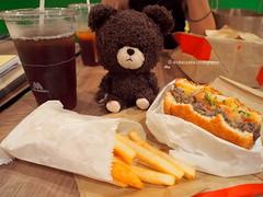 Mos Burger (andiesopena) Tags: bear school food cute mos toys community teddy burger bears thebearsschool