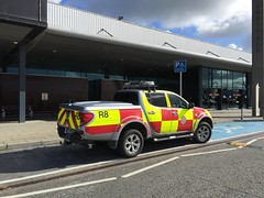 Shannon Airport Fire Rescue Service - ARFF -Rescue 8 - Mitsubishi SUV (firehouse.ie) Tags: county ireland rescue fire airport clare 4x4 fb 911 shannon vehicle emergency suv 112 department appliance services apparatus brigade firebrigade fd 999 snn shannonairport arff rescue8