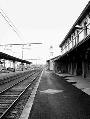 train station-estacin de tren-bw-IMG_2256-W (taocgs) Tags: bn bw paisaje landscape trainstation estacindetren ferrocarril railway monocromtico monochrome mirandadeebro burgos espaa spain