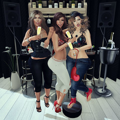 {Blog 48} Ladies Night (veronica gearz) Tags: avi avatar alex life logo maitreya mesh maxigossamer secondlife second sl 2ndlife n21 ladiesnight ladies night bar club blogger blog blogging bloggers blogs vinyl littlebones foxes erratic essenz cestlavie bowtique jcny clawtooth neve coldlogic justbecause justdesign collabor88 izzies tableauvivant reign