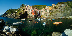 Riomaggio - Cinque terre (robiferra94) Tags: sea cinque terre mare riomaggiore liguria italy sky ship landscape beatufull travel holiday passion