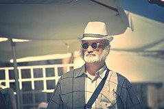 che barba... (eliobuscemi) Tags: barba baffi occhiali volto estate colori sole