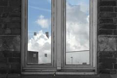 DSC_3357 (Frie Van Grunderbeeck) Tags: belgium belgi vlaamsbrabant hageland outdoor landschap landscape boutersem wolk cloud rijkswacht kazerne bouwen gevel facade raam window