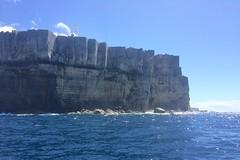 Cliffs (petes_travels) Tags: cliffs sea ocean jervis bay new south wales australia