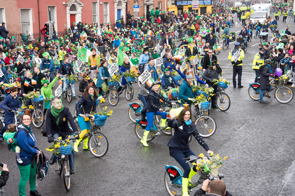 DUBLIN CYCLING CAMPAIGN - ST. PATRICK'S PARADE 2015 IN DUBLIN REF-102359