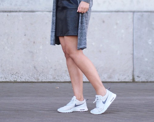 Nike Thea White Outfit