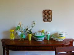 April 2015 (mikiinusa) Tags: green yellow vintage mold muffin fireking glasbake jadeite
