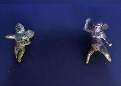 Bronze figurines of winged Erotes from Tingis (diffendale) Tags: museum ancient display exhibit muse morocco maroc marocco museo artifact archaeological marruecos antico tangier marokko tanger tangiers fas mzesi archeologico arkeoloji   musedelakasbah  kasbahmuseum almarib  marocum  faskrall lmarib musedalkasbah pleiades:findspot=275736