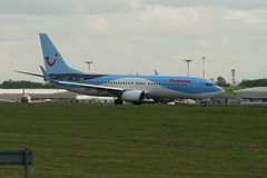 Boeing 737-800-G-TAWB (Steve Dawson.) Tags: canon eos march airport thomson boeing usm airlines 13th 800 737 2015 boeing737800 ef70200mm f4l ef70200mmf4lusm 400d canoneos400d eastmidland gtawb eastmidlandinternationalairport