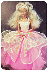 Costume Ball Barbie - 1990 (moodydolls) Tags: mattel vintage doll barbie 1990 bambola costume ball ballo maschera butterfly farfalla flower fiore pink white rosa bianco dress abito