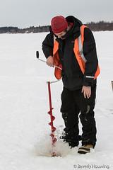28-IceFishing2 copy (Beverly Houwing) Tags: fish snow suomi frozen hole lapland kukkola drill icefishing kukkolankoski tornioriver