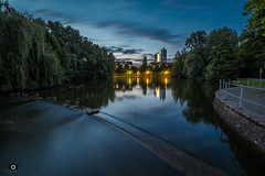 Schwabinger See (_ME_photography) Tags: canon eos 80d lightroom lr5 ultraweitwinkel stativ tripod long time exposure langzeitbelichtung mnchen munich schwabing bayern bavaria see weiher wasser water spiegelung mirror enten ente duck gans goose glatt smooth weich wolkenkratzer skyscraper office skyline monaco glass hochaus lake reflection licht light tantris atmosphre atmosphere natur nature city urban glasbau