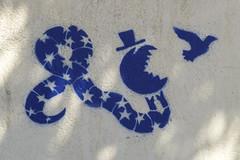 Street Art, Estoril. (piktaker) Tags: portugal lisbon art graffiti streetart wallart spray spraypainting estoril stencil pacman monteestorilstation