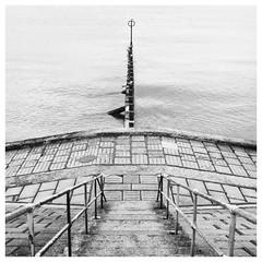 208/366 High Tide (Sarah*Rose) Tags: aberdeen beach hight tide groyne