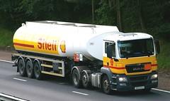 MAN - SHELL Fuel (scotrailm 63A) Tags: trucks tankers lorries