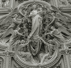 Mary with Baby Jesus Relief (rayr18) Tags: relief carving mary jesus angels milan milano cathedral church duomo italia italy d7000 nikon gothic bw catholic christian christ