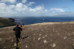 Excursion dans les Terres australes (Terres australes et antarctiques franaises) Tags: tourisme touriste taaf terresaustralesetantarctiquesfranaises crozet kerguelen amsterdam excursion photo