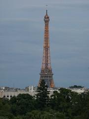 La Tour Eiffel et la Tour Montparnasse (Mhln) Tags: fondation louis vuitton paris 2016 tour eiffel tower montparnasse