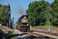 NS C62 - Conneaut, Ohio (Tyler Pate) Tags: norfolksouthernrailroad nscorp nikond7000 nikonphotography conneautohio ns3311 nsc62 norfolksoutherncorp