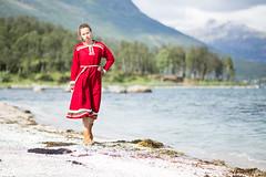 Ullsfjordkofta (Jaholme) Tags: sj strand fjre girl beach sea jente vakker kofte ullsfjord ullsfjordkofta fotojanholmebukt troms nordnorge northnorway qutegirl synnve