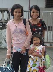 twins and their friend (the foreign photographer - ) Tags: twins girl friend khlong bang bua portraits bangkhen bangkok thailand nikon d3200
