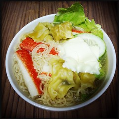 Instant Noodle (Lester Ong) Tags: food home cheese dinner lunch soup singapore cook fast tasty delicious eat instant noodle hungry supper quick 早餐 filling 吃 午餐 晚餐 饿 虾 面 快 虾饺 云吞 芝士 煮 泡面 快熟面 即食面 饺