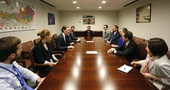 ICAN campaigners meet with Austrian Foreign Minister Sebastian Kurz during Non Proliferation Treaty Meeting in New York