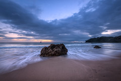 The Rock, Hot Water Beach (Nick Twyford) Tags: newzealand seascape clouds sunrise rocks waves nz coromandel eastcoast hahei hotwaterbeach leefilters nikond800 lee09nd lee06gndsoft nikkor160350mmf40 solmetageotaggerpro2