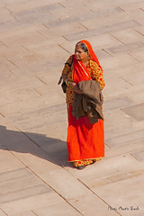 Rajasthan Lady (Martini DK) Tags: travel india rajasthan jaigarhfort martinidk travelerphotos canoneos40d sigma18250mm