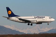 D-ABIP (Thomas Theisen) Tags: deutschland airport lufthansa mont blanc 737 genf cointrin